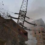 عاجل ... انتقال قيادات الكهرباء الى المرج بعد سقوط برج 220 كيلو فولت على احد المبانى بسبب حريق مجاور