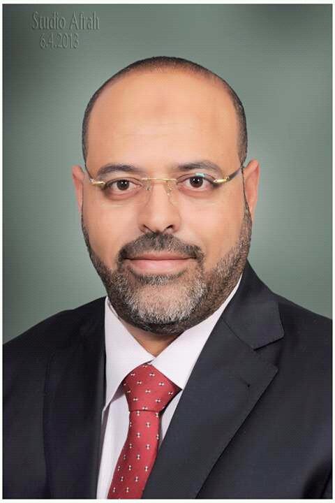المهندس احمد عبدالحميد يشكر النقابى  محمد عبدالعزيز جبران لمساندته اهالى رأس غارب ابان  ازمة السيول