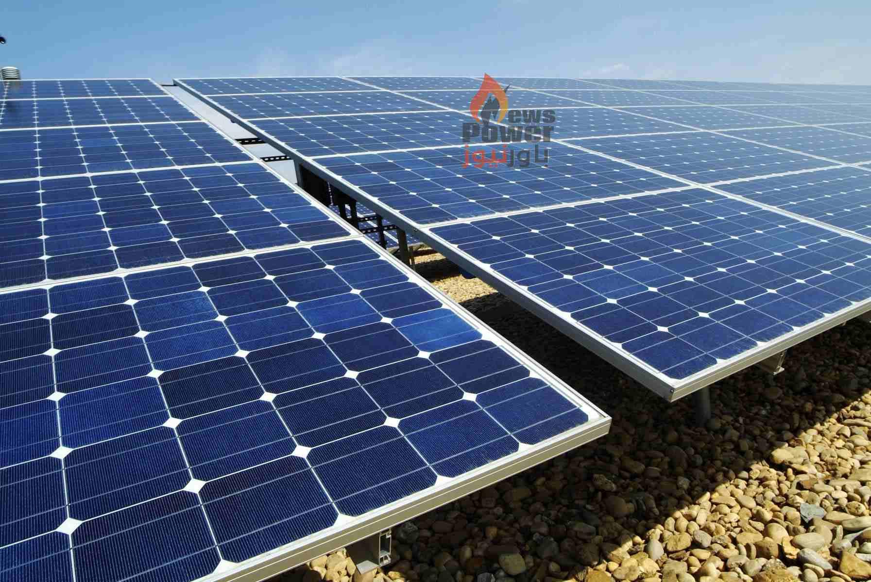 المطورون الثلاث لمشاريع الطاقة الشمسية ينتظرون الآن تعديلاً نهائياً من الحكومة فى اتفاقية حق الانتفاع تمهيداً للتوقيع وبدء التنفيذ