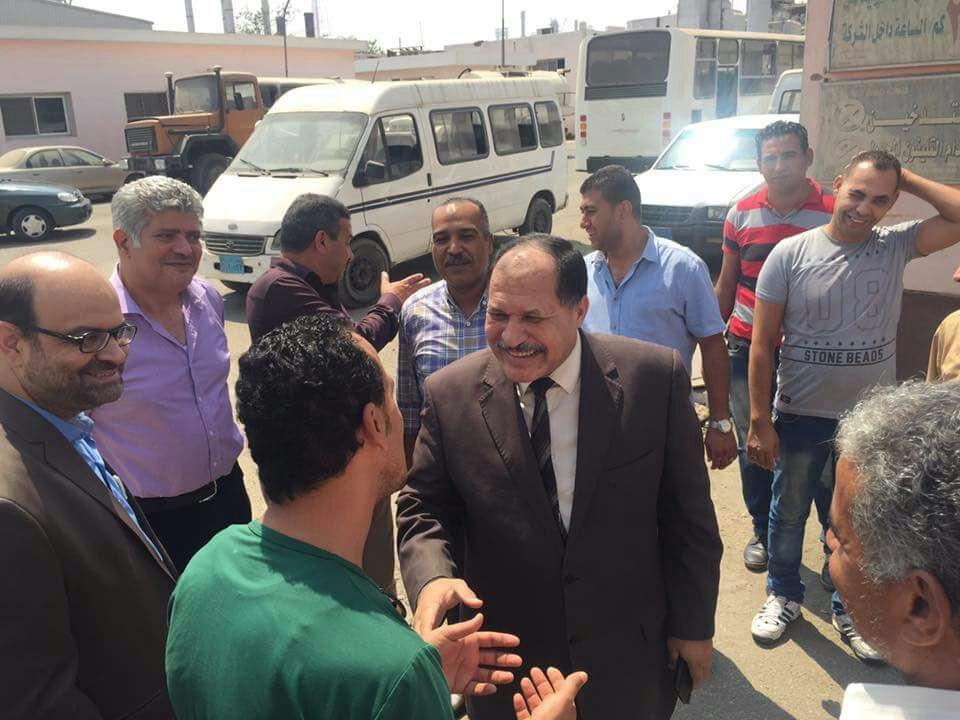 بالصور ..المهندس عبدالمنعم حافظ يهنئ العاملين بشركة انابيب البترول بعيد الاضحى المبارك