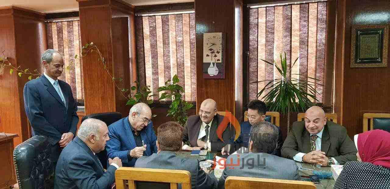 بالصور..اجيماك توقع مع المصرية لنقل الكهرباء عقد محطة محولات القوصية