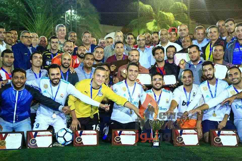 حجازي واسماعيل يشهدان تتويج فريق الأنفاق ببطولة بتروجت لكرة القدم الخماسية للعاملين بمشروعات الشركة