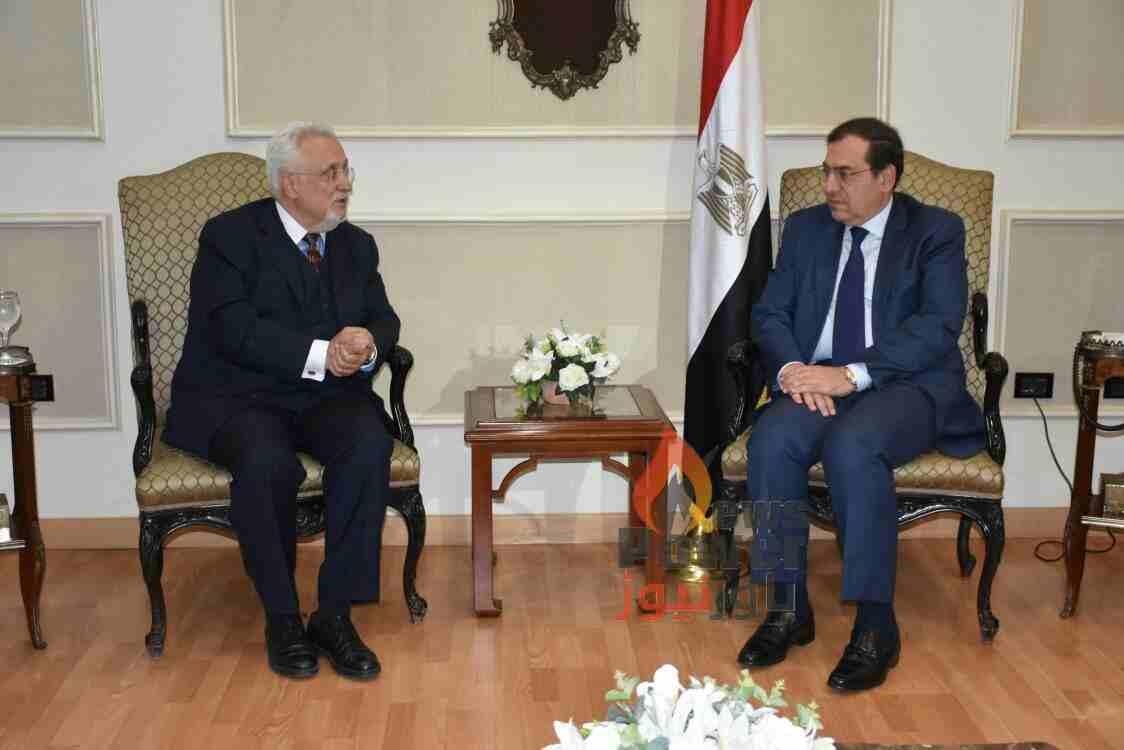 وزير البترول يلتقى سفير كرواتيا  لبحث سبل التعاون بين البلدين