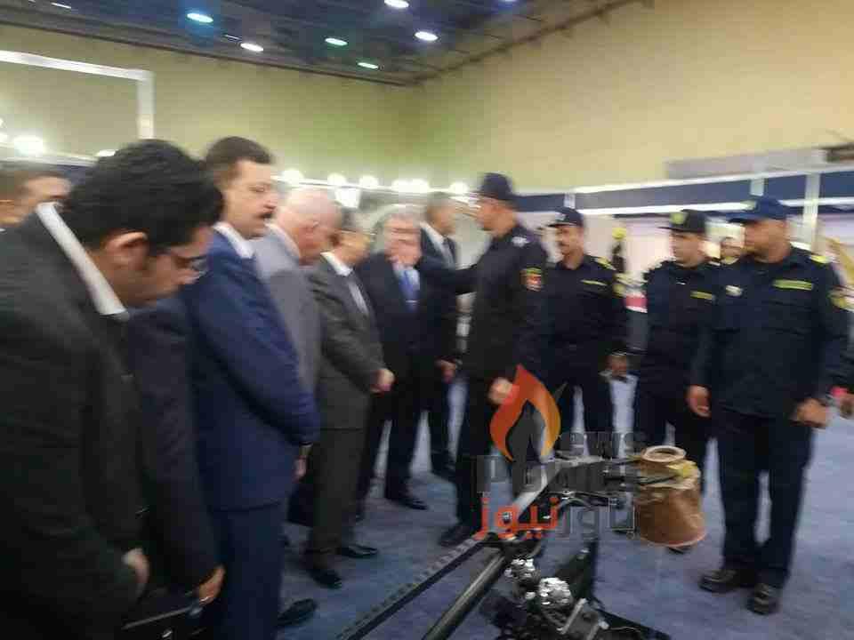 وزير الكهرباء يزور جناح الإدارة العامة للحماية المدنية