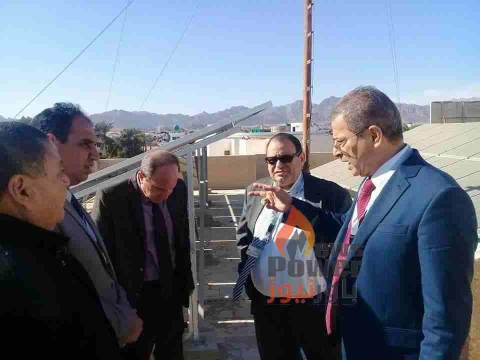 عسران ودسوقي والسيد يتفقدون محطة الطاقة الشمسية بهندسة كهرباء شرم الشيخ بقدرة 74 ك.ف ويثنون على اداء شركة القناة