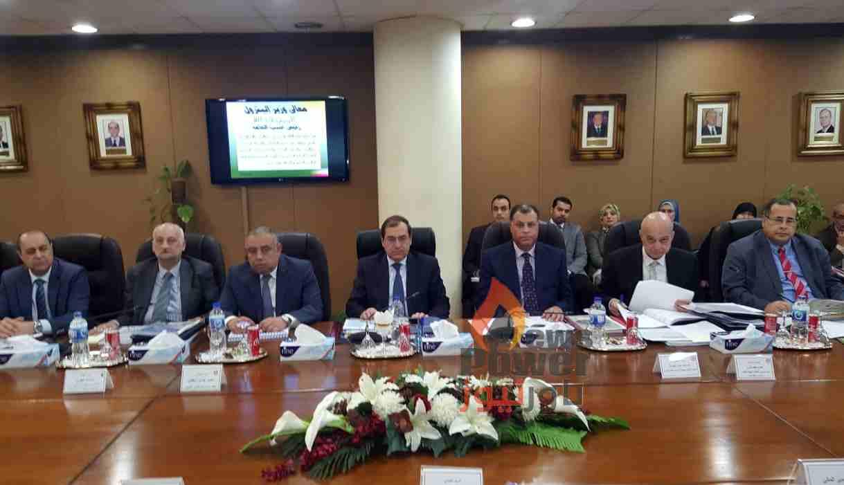 الملا يرأس اجتماع الجمعية العمومية لشركات الاسكندرية وأسيوط لتكرير البترول والبتروكيماويات المصرية