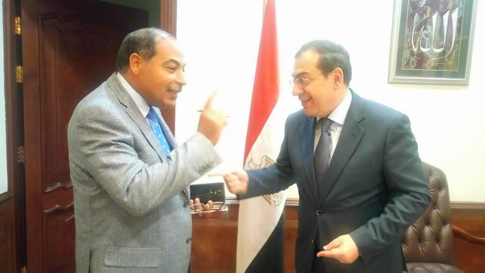 رئيس تحرير موقع باور نيوز يوضح للقراء حقيقة  صفقة الغاز  الاسرائيلى مع احد الشركات الخاصة المصرية