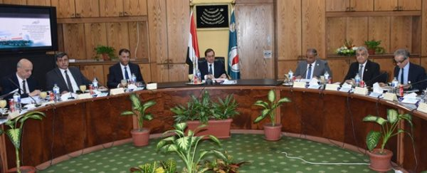وزارة البترول:السهام البترولية نقلت 3 مليارات لتر من المنتجات البترولية خلال عام 2017