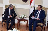 وزير البترول يبحث مع مسئولي دانة غاز زيادة إنتاج الغاز من حقول الشركة بدلتا النيل