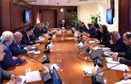 وزارة قطاع الاعمال العام تلتزم بسداد 25% من مديونية وزارة الكهرباء و10% للبترول