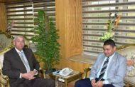 محافظ أسوان يستعرض مع رئيس شركة غاز مصر خطة الشركة لتوصيل الغاز الطبيعى للمناطق العمرانية الجديدة
