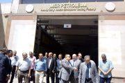 بالصور .. جولة لرئيس شركة مصر للبترول لمواقع ومخازن الشركة