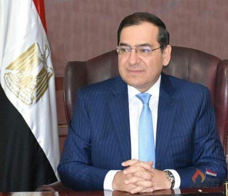 عاجل .. الملا يشيد بانجازات شركة ابو قير ويعلن عن طرح 30 % من أسهمها فى البورصة المصرية