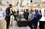 الملا يتفقد  أعمال التشغيل التجريبى لأكبر وأحدث معمل تحاليل عينات غاز في مصر  بحقل ظهر