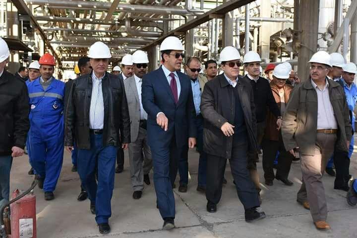 وزير البترول في أسيوط لتفقد وحدة استرجاع الغازات (2 VRU)
