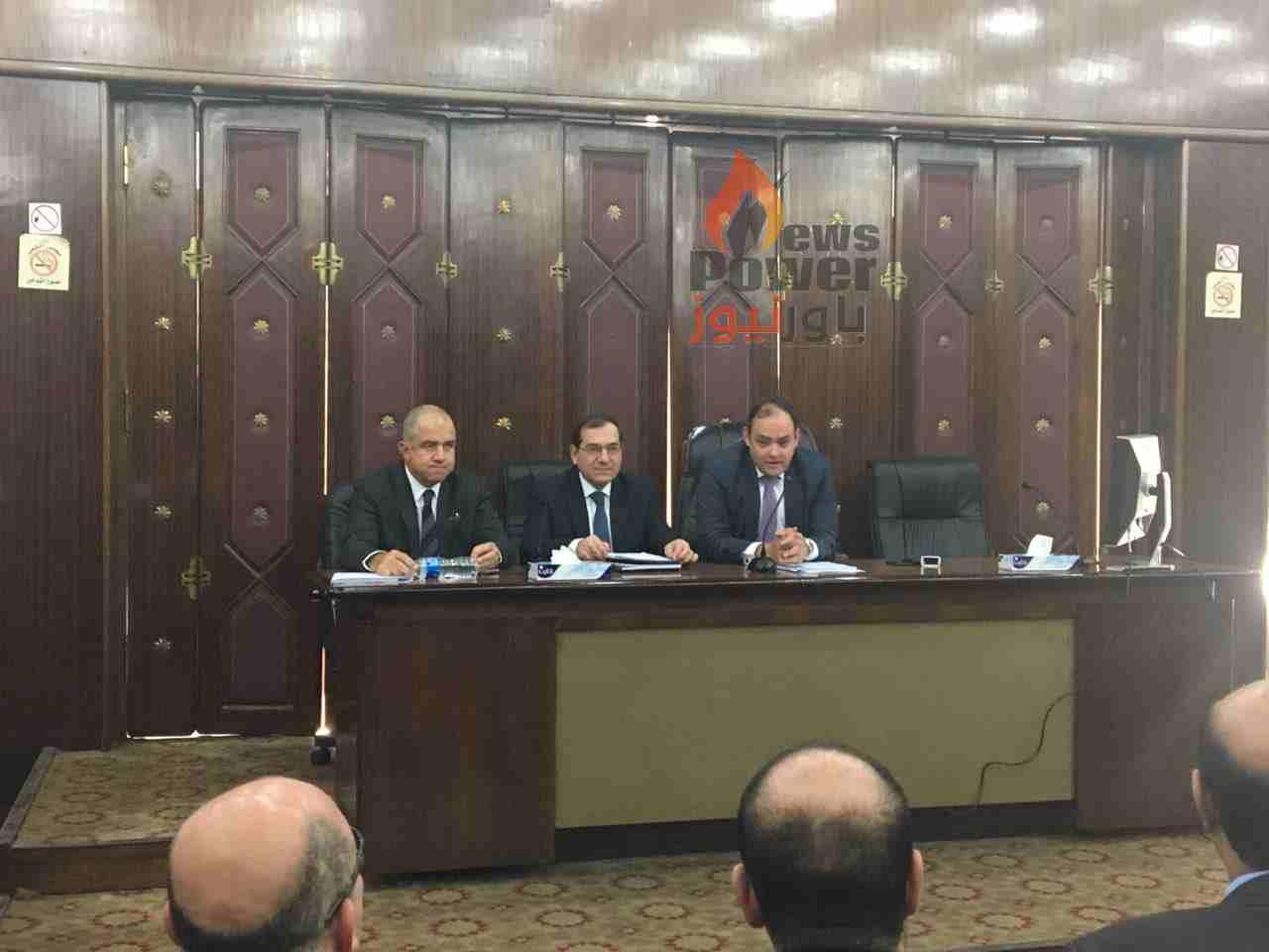 عاجل ..وزير البترول يتحدث الان امام لجنة الصناعة بمجلس النواب عن  سرقات الذهب من المناجم وانشطة الثروة المعدنية فى مصر