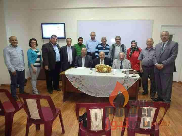 الدكتور طارق الشناوى مدير عام انربك يلقى محاضرة عن الطاقة الكهربائية بجمعية المهندسين بالاسكندرية