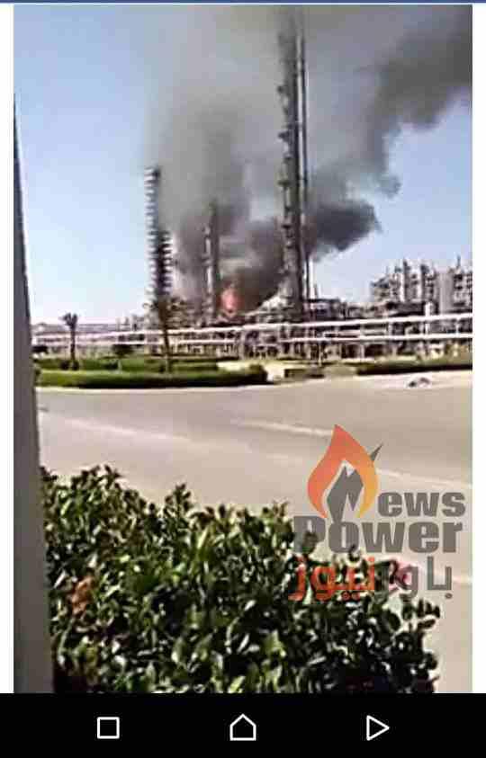 اصابة 20 عاملا بشركة سيدبك وسيارات اطفاء من ايثيدكو والبتروكيماويات تشارك فى السيطرة  على الحريق