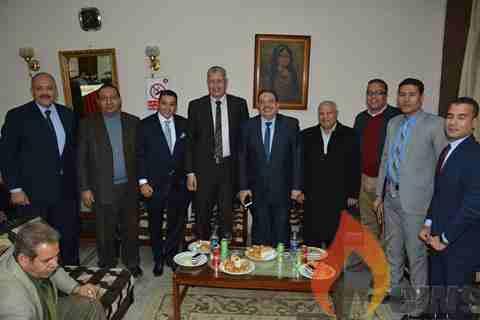 رئيس مصر للبترول يفتتح الدورى الداخلى للشركة ويُكرم عدد من الصحفيين