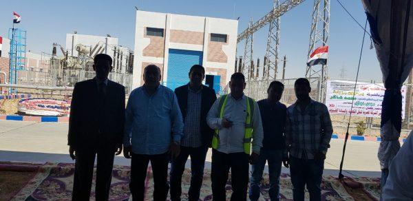 الصور الاولي لاستعدادات قيادات شركة ايجيماك وانفنيتي لزيارة وزير الكهرباء لمحطة بنبان شمال مدينة أسوان
