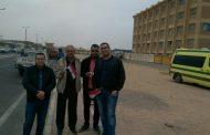 المهندس ماجد موريس رئيس المصرية الصينية لتصنيع اجهزة الحفر يدلي بصوته فى رأس غارب ويتابع سير العملية الانتخابية