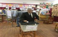 المهندس حسام الدين عفيفي يدلى بصوته بلجنة مدرسة شجرة الدر بالمعادى فى الانتخابات الرئاسية