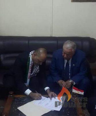 توقيع بروتوكول تعاون بين نقابتى البترول بمصر وفلسطين في مجالات التثقيف و التدريب