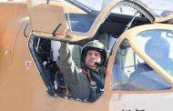 الرئيس السيسى يتفقد إحدى القواعد الجوية فجر اليوم