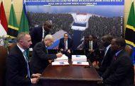 بالفيديو .. رئيس الوزراء يشهد توقيع تحالف