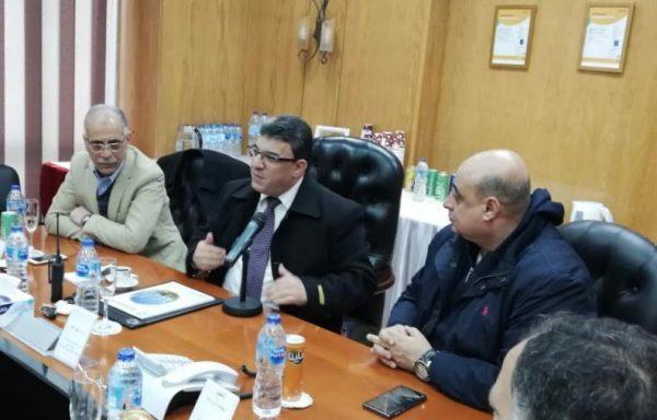 الحماية المدنية تبحث مع شركات المنطقة الجغرافية البترولية بالاسكندرية المعوقات التي تواجه متطلبات مواجهة المخاطر والحرائق