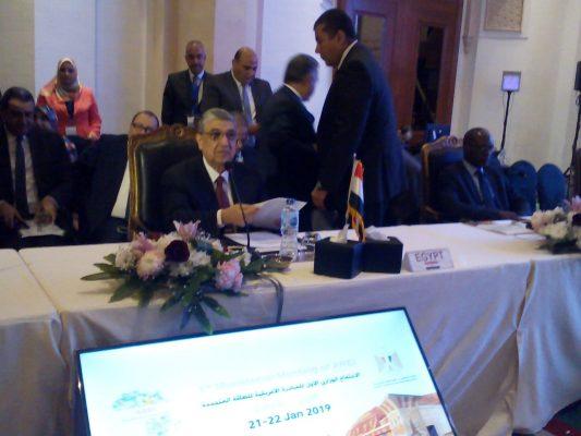 بالصور.. بدء اجتماع وزراء المبادرة الأفريقية للطاقة المتجددة بعد تأخر وصول وزير الكهرباء الكينى للقاهرة