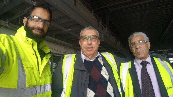 شعبان خلف مستشار الشركة القابضة لكهرباء مصر يتفقد مركز صيانات سيمنس بالعين السخنة