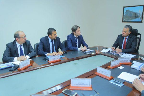 وزير النقل يلتقي وفد شركة سيمنس لمتابعة معدلات التنفيذ في مشروع تحديث نظم الإشارات على خطوط السكك الحديدية