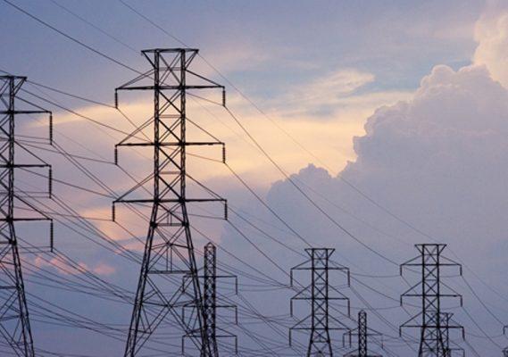 شركات مصرية تنفذ خطوط كهرباء تنوى المنافسة على خط عملاق بأوغندا بطول 300 كيلو مترا و3 محطات محولات