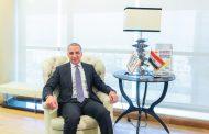 احمد السويدى يزور مشروع محطة كهرباء اللية بإمارة الشارقة ويشيد بأداء مديرى التنفيذ