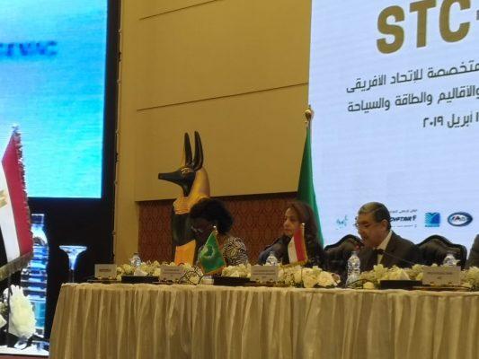 وزير الكهرباء : التنمية الأقتصادية لن تتحقق إلا من خلال الأهتمام بالبنية التحتية