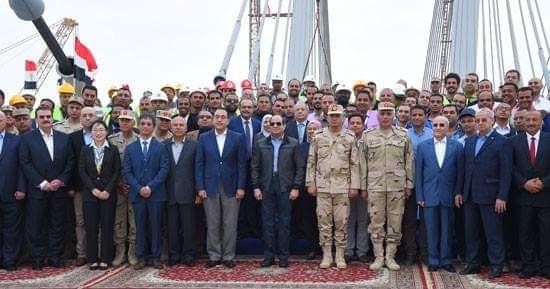ننشر صور تفقد الرئيس السيسى لمحور روض الفرج فجر اليوم
