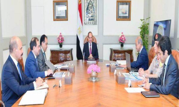 الرئيس السيسى يبحث مع الملا محاور خطط وزارة البترول بشأن التكرير وتطوير صناعة البتروكيماوت