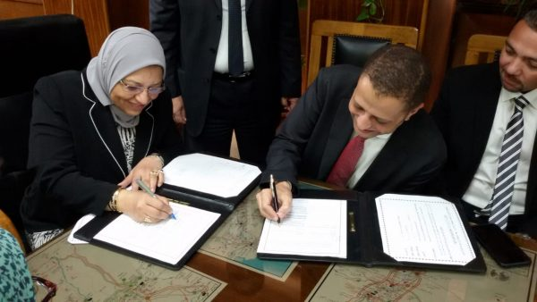 نقل الكهرباء توقع مع اتحاد سيمنس مصر وسيمنس للمحولات