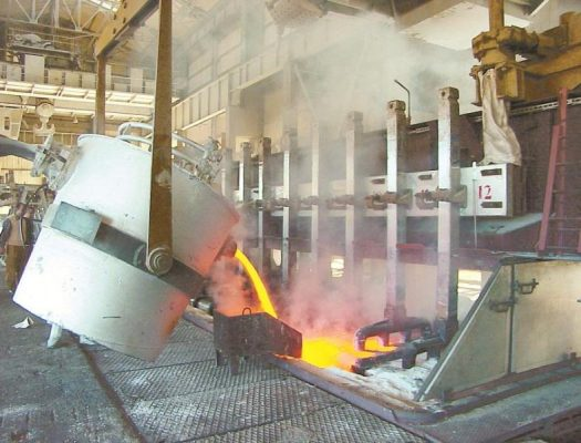 بالارقام .. هذه خسائر 14 مصنع مصرى من الفوز المحتمل للأجانب فى ممارسة خطوط المصرية لنقل الكهرباء غداً