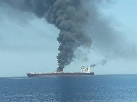 هجوم على ناقلتى نفط تحركتا من الإمارات والسعودية لبحر عُمان