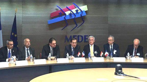 وزير البترول يستعرض امام مجلس الاعمال الفرنسي في باريس النموذج المصرى لتطوير آليات العمل فى صناعة البترول والغاز الطبيعى