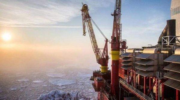 وزارة الطاقة الروسية: الإنتاج اليومي من النفط يتراجع إلى نحو 11 مليون برميل يومياً في مايو