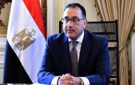 رئيس الوزراء : الدولة نفذت مشروعات كهرباء لمحور قناة السويس وسيناء باستثمارات تتجاوز 76 مليار جنيه