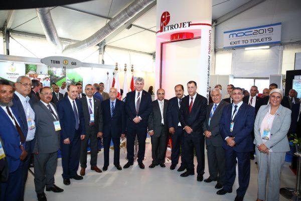 عز الرجال والبقلي وقيادات البترول في زيارة لجناح شركة بتروجت داخل معرض ومؤتمر MOC 2019