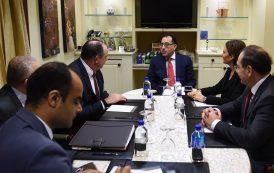 خلال لقائه رئيس شركة أباتشى الأمريكية .. رئيس الوزراء : نتطلع لزيادة حجم استثمارات الشركة فى مصر