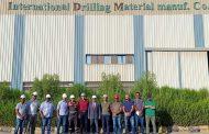تنفيذا لقرار الملا .. عفيفي وقيادات IDM في زيارة تفقدية لمصنع السخنة
