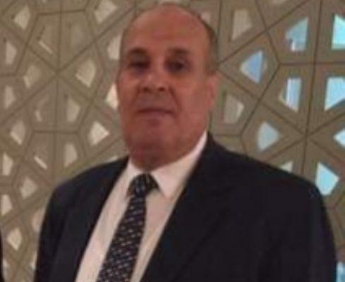 رئيس شركة شمال سيناء للبترول يواسي المحاسب أشرف عبدالله نائب رئيس هيئة البترول للشئون المالية في وفاة شقيقه