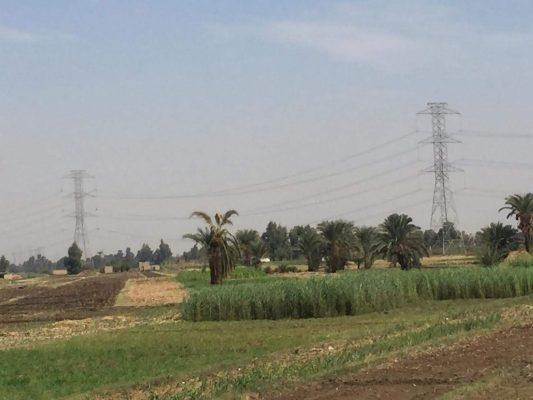 توقف المحور الموازى لشبكة ربط 500 كيلو فولت عند قنا بسبب عدم صرف تعويضات المزارعين