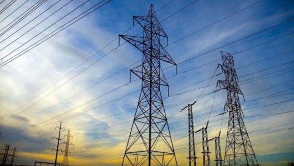 نقل الكهرباء تقرر صرف 278 الف جنيه كتعويض للمزارعين المتضررين نتيجة تنفيذ الاعمال المدنية لخط نجع حمادى / اسيوط 500kv